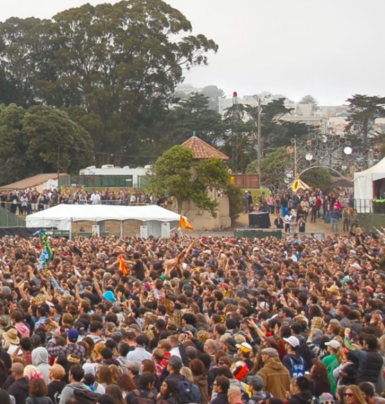 osl-crowds-art-zone-2012