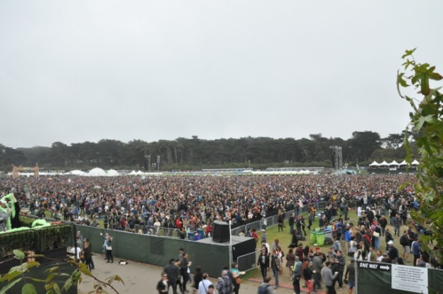 outsidelands-crowd2